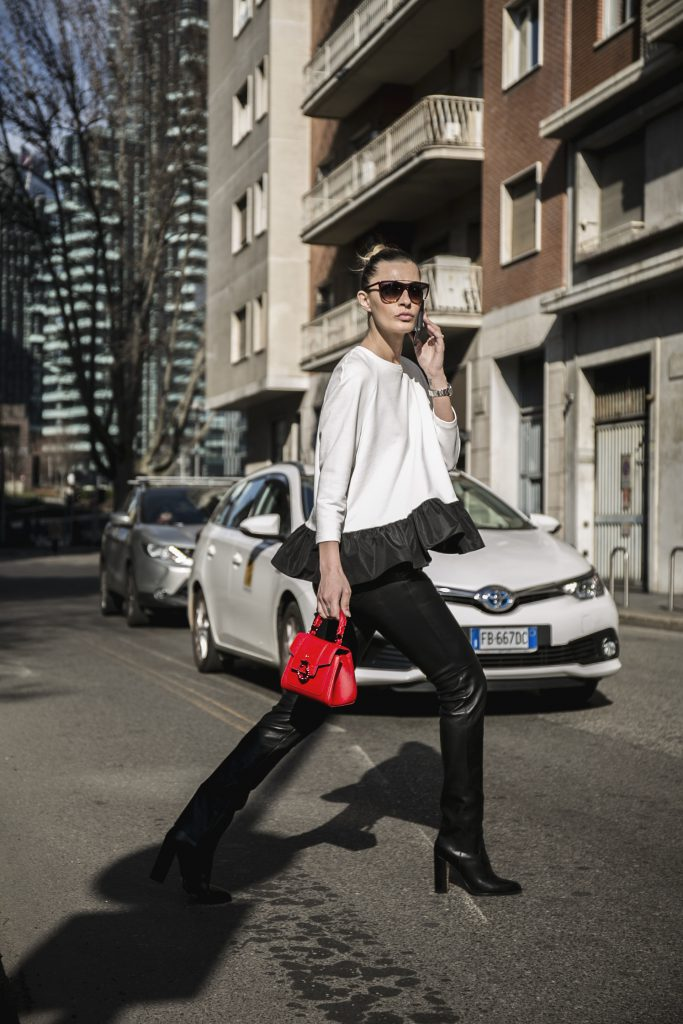 Sveva Alviti Out and about Lovy bag